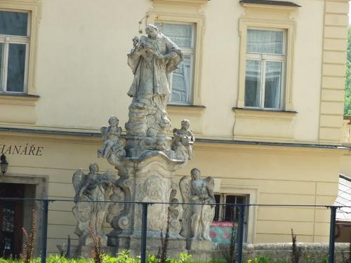 Jedna z ośmiu figur św.Jana Nepomucena znalezionych w Kutnej Horze w Czechach :)