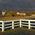 Ciężkie chmury nad perłą pomorskiego wybrzerza #Sopot #SopotZdrój #kurort #molo #hotel #Grand #Sheraton