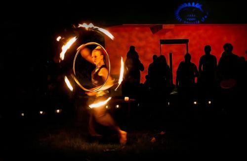 Taniec z ogniem - Dzisiaj w Gdańsku Zaspie był pokaz tańca z ogniem #TaniecZOgniem