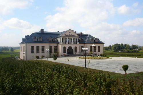 #DomWeselny #DwórSienkiewicz #hotel #okrzeja #restauracja