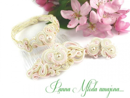 Biżuteria ślubna sutasz perły.