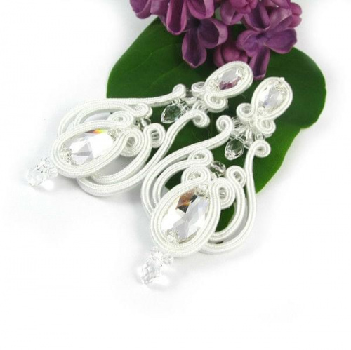 Hand embroidered soutache bridal earrings